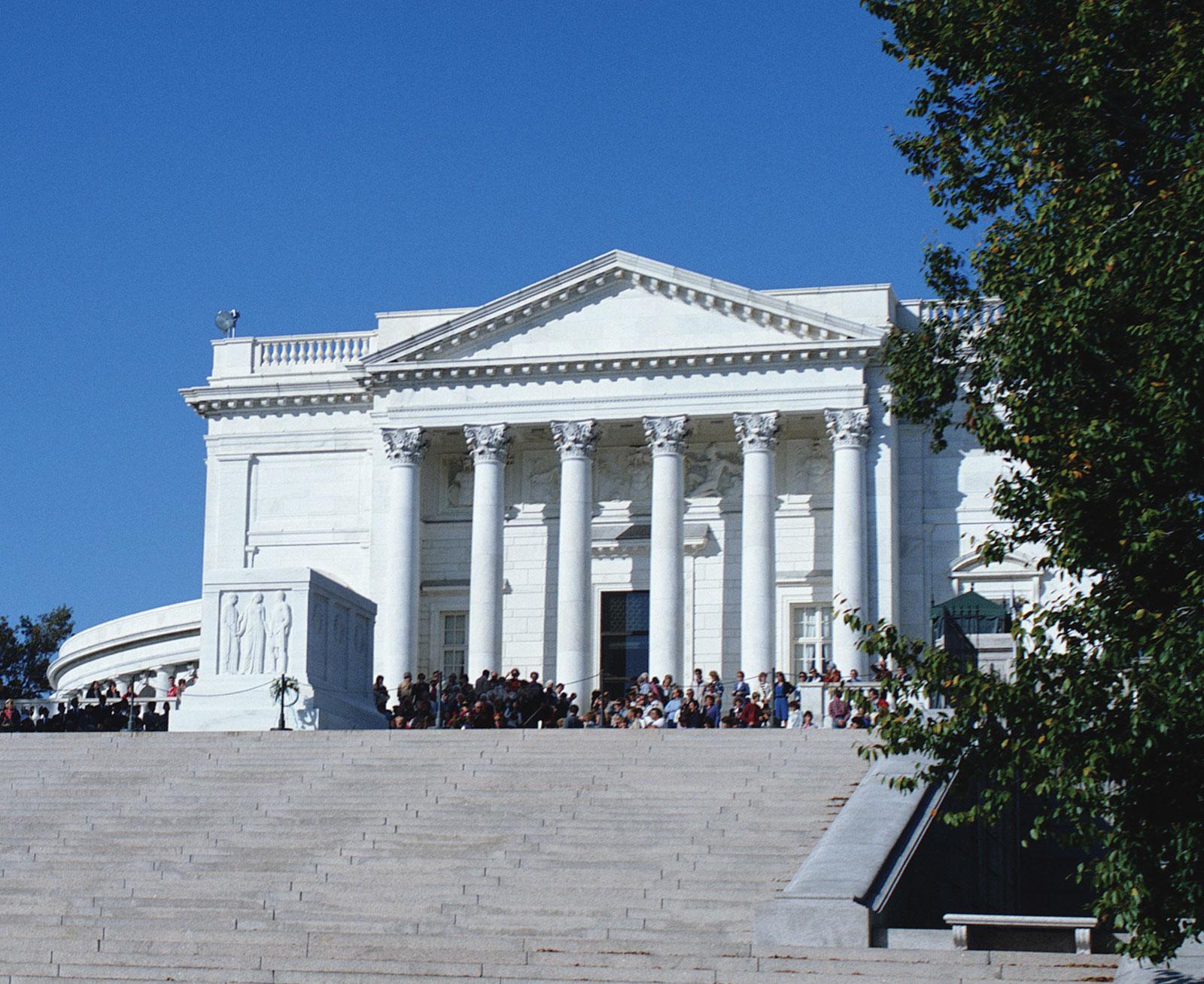 Monumen Bersejarah yang Dapat Anda Kunjungi, Salah Satunya Berada Di Washington DC